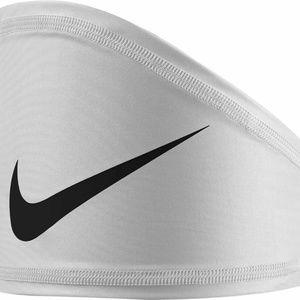 Nike Pro Dri-Fit Skull Wrap